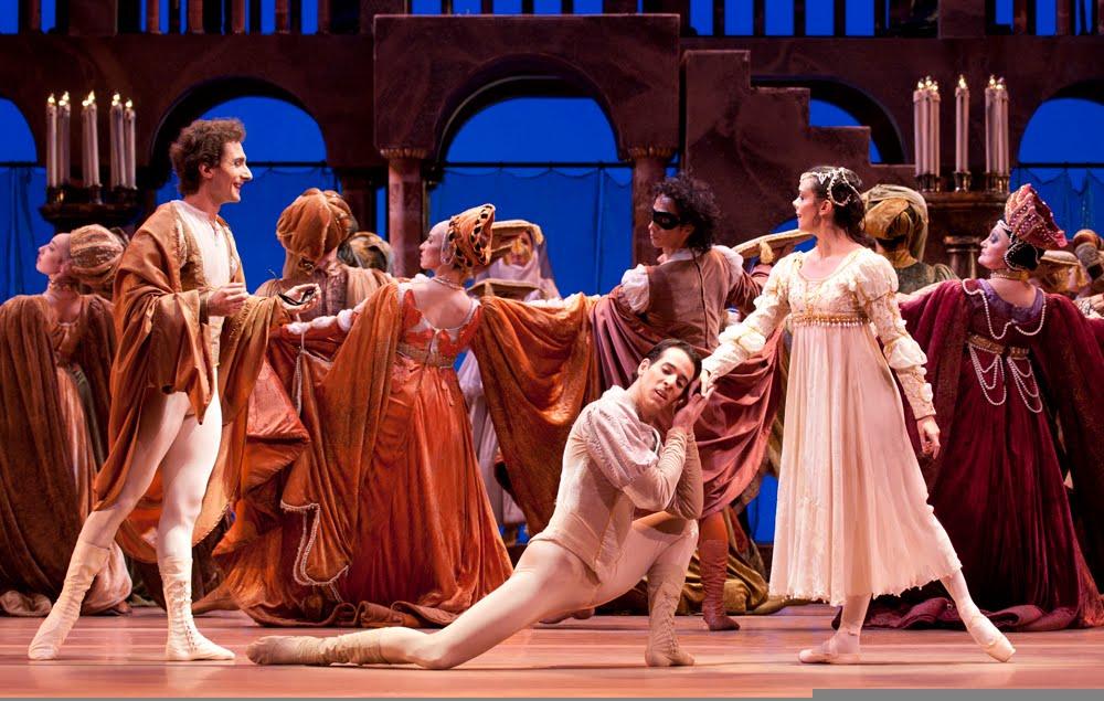 Escena en el baile de Romeo y Julieta. foto chb-coment