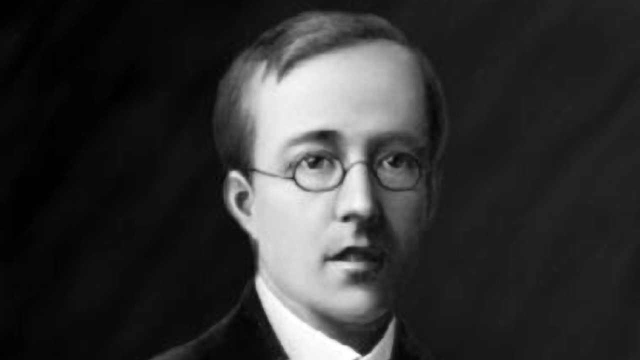 a biography of gustavus theodore von holst Gustav holst (composer, arranger) born: september 21, 1874 - cheltenham, gloucestershire, england died: may 25, 1934 - london, england gustav(us theodore von) holst was a significant english composer, mostly known for his orchestral suite the planets: early life.